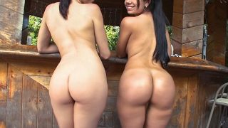 Summer Bailey & Sophia – Sophia Summer and Bailey get sweaty as they show off their Amazing Asses