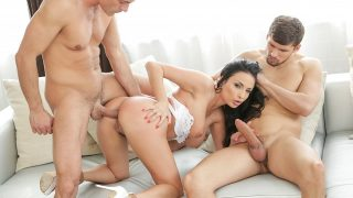 Anissa Kate – Anissa Takes It All In
