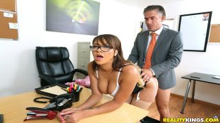 Cassidy Banks – Bad Secretary