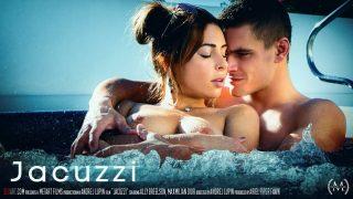 Ally Breelsen – Jacuzzi