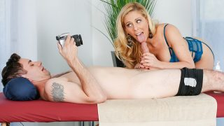 Cherie DeVille – Pose For Me Mommy