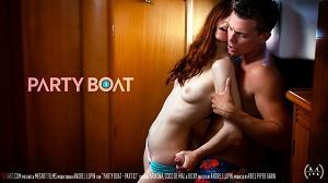 Ariadna & Coco De Mal – Party Boat Part 2