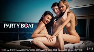 Margot A, Nancy A & Rosaline Rosa – Party Boat Part 1