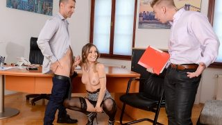 Natasha Starr – He Walked In