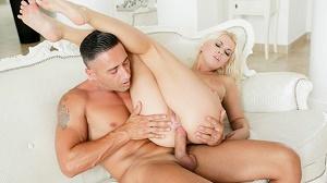 Alexxx White – Sexxx with Alexxx