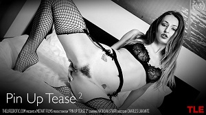 Natasha Starr – Pin Up Tease 2