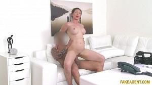 Yasmin Scott – Big Tits Australian Wants Model Job