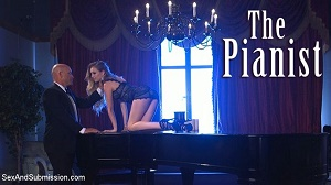 Lyra Law – The Pianist