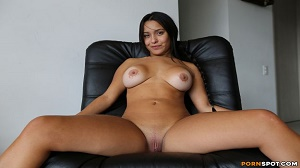 Jesica – Colombian college student Jessica fucked