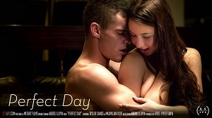 Taylor Sands – Perfect Day