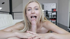 Alexa Grace – Gracefully Gargling