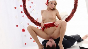 Nancy A – Sensual Christmas pussy eating with Ukrainian blondie Nancy A and Martin
