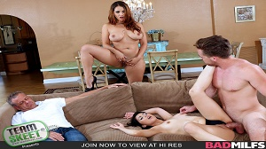 Miss Raquel & Penelope Reed – Share With Your Mommy
