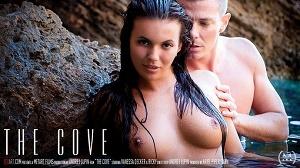 Vanessa Decker – The Cove