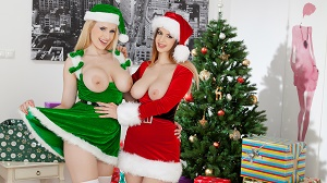 Angel Wicky & Stella Cox – Merry Breastmas
