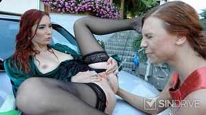 Kate Gold & Ornella Morgan – Pretty Piss Bitches! Car Wash Hos Go Totally Nasty With Their Unbelievable Golden Flows!