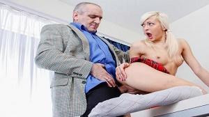 Lola Shine – Blondie rewards old teacher for his hard job.