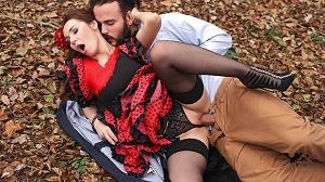 Stacy Snake – Fiery Hardcore in The Woods: Flamenco Dancer Needs Cock