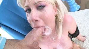 Riley Jenner – Riley Has A Throat Made For Fucking