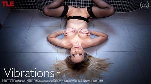 Cristal Caitlin – Vibrations 2