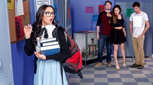 Ariana Marie – Nerds Episode 1