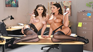 Ashley Adams & August Ames – Naughty Office