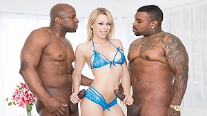 Zoey Monroe – Dp'd, Opens Up Her Holes For Two Big Black Cocks