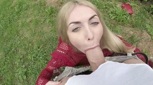 Isabella Clark – Blue Eyed Russian MILF Fucks Outdoors