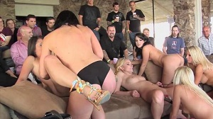 Hustler – Orgy Parties Lapping Lesbians