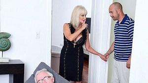 Leah L'Amour – 64-year-old Leah fucks. Her hubby watches.