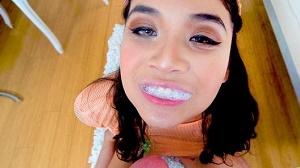 Brenna Sparks – Gobble It Up Girl!