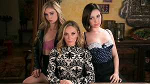 Jenna Sativa, Mona Wales & Kali Roses – The Family Business