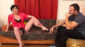 Gysela – Naughty housewife Gysela fucking and sucking