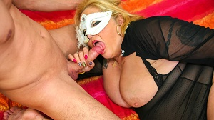 Eva Morani – Une italienne mature profite dune bonne baise pour son premier porno