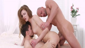 Melissa Grand – Hot Redhead Enjoys Great Company