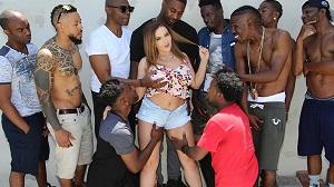 Natasha Nice – Interracial Blowbang