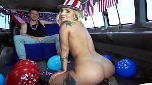Stella Raee – 4th of July Celebration on The Bus