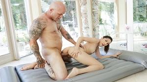 Nuru Massage – Judy Jolie