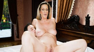 Lusty Grandmas – Conchita