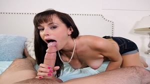 Mommy Blows Best – Alana Cruise