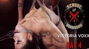 Kink Features – Victoria Voxxx