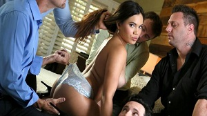Keilani Kita – Keilani Thanks You All For Cumming