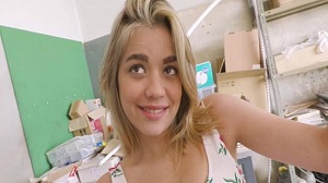 Janina Barely – Legal Teenie