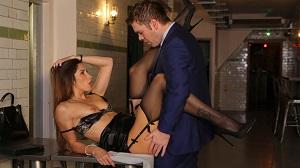 Clea Gaultier – Clea Gaultier shows her assets off