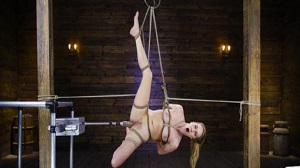 Cadence Lux – Cadence Lux: Suspension Bondage, Sybian, and Squirting Orgasms