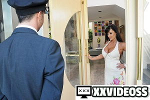 Lisa Ann – Love Boobies Need Loving
