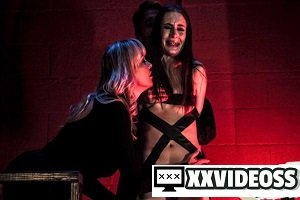 Maya Kendrick & Dana DeArmond – Face Your Fears